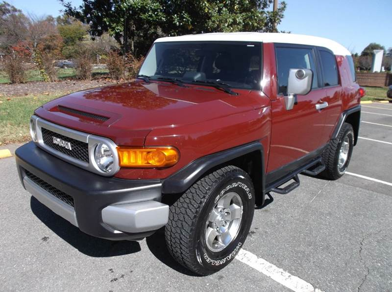 toyota fj cruiser for sale. Black Bedroom Furniture Sets. Home Design Ideas