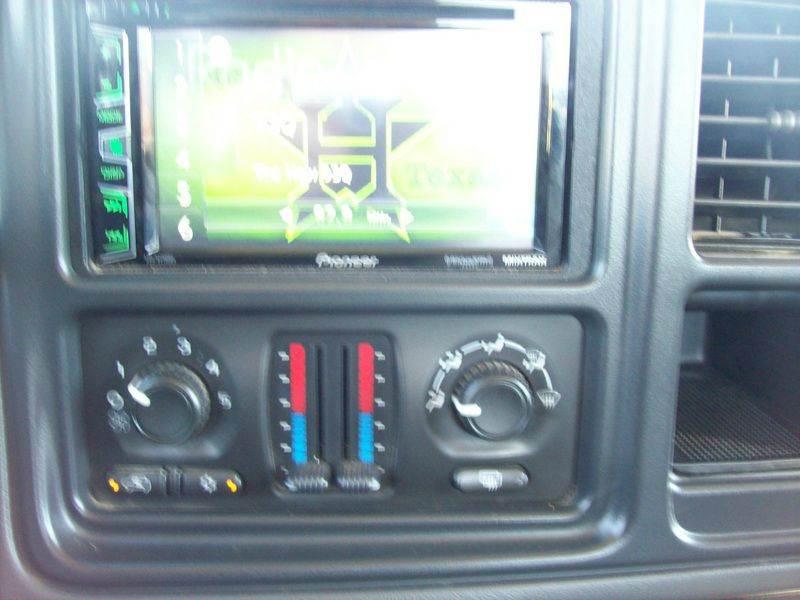 2004 Chevrolet Avalanche 4dr 1500 Crew Cab SB RWD - Baytown TX