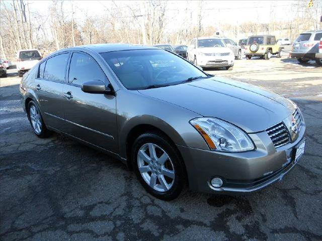 2005 nissan maxima for sale in painesville oh for Carvalho s bargain motors