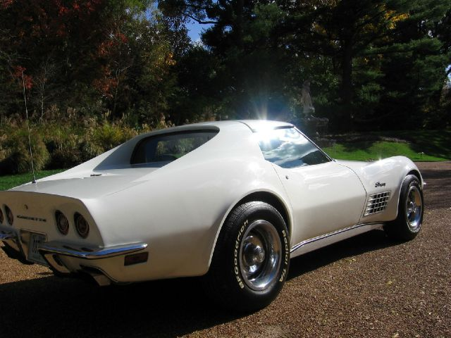 1972 Chevrolet Corvette Frame-Off Restoration - St. Louis MO