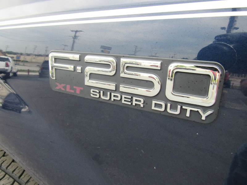 2004 Ford F-250 Super Duty 4dr Crew Cab XLT 4WD SB - Joplin MO