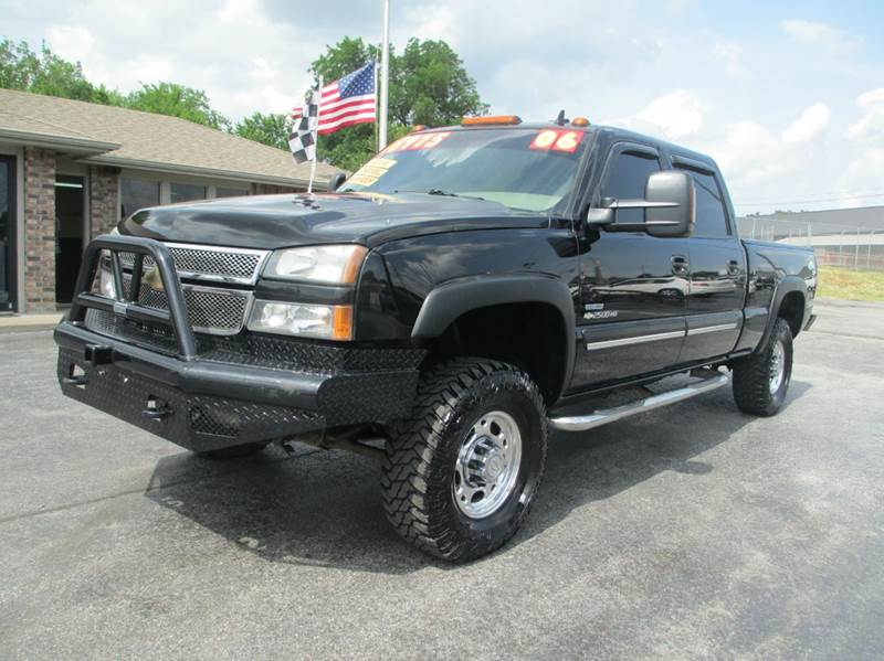 2006 chevrolet silverado 2500hd lt3 4dr crew cab 4wd sb in joplin mo d j auto sales. Black Bedroom Furniture Sets. Home Design Ideas