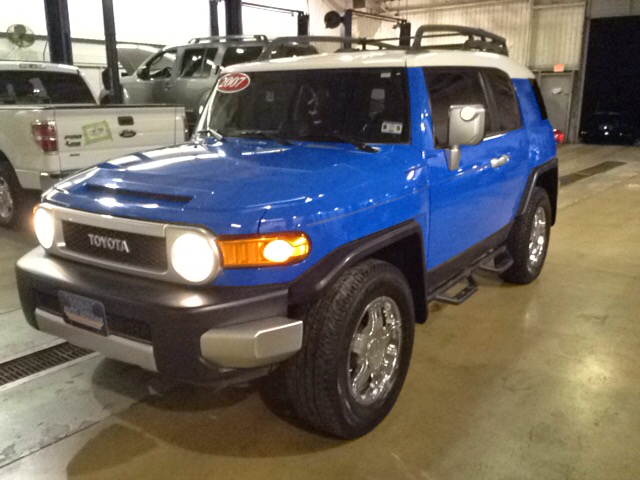 2007 toyota fj cruiser base 4dr suv 4wd 4l v6 5a for for H and r auto motors