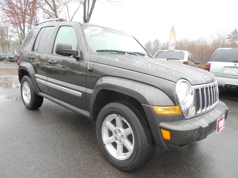 2005 jeep liberty limited 4wd 4dr suv w 28f in brentwood for Lewis motor sales brentwood nh