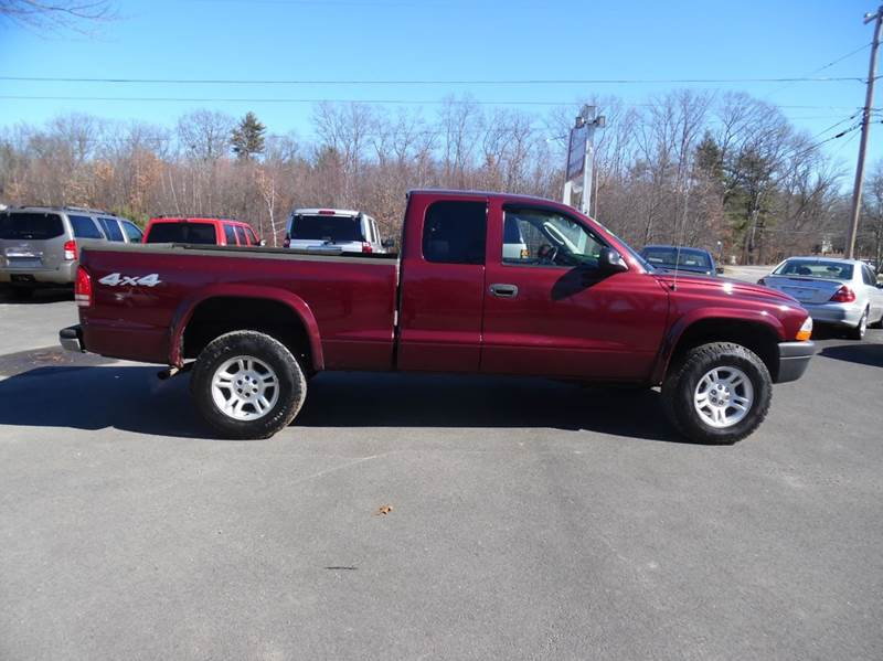 2003 dodge dakota sxt 2dr club cab sxt 4wd sb in brentwood for Lewis motor sales brentwood nh