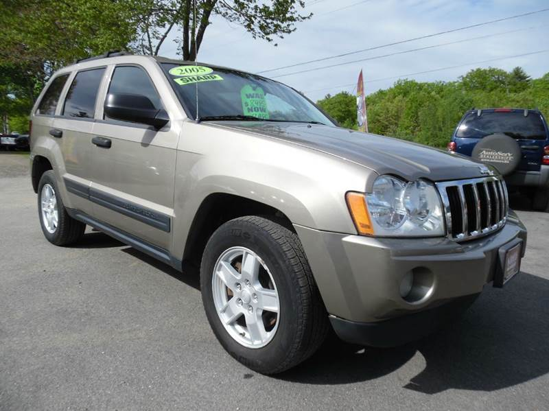 2005 jeep grand cherokee laredo 4dr 4wd suv in brentwood for Lewis motor sales brentwood nh