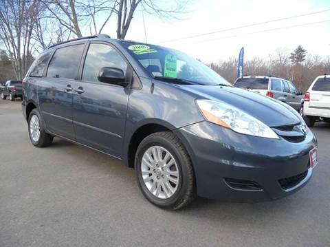 2008 Toyota Sienna for sale in Brentwood, NH