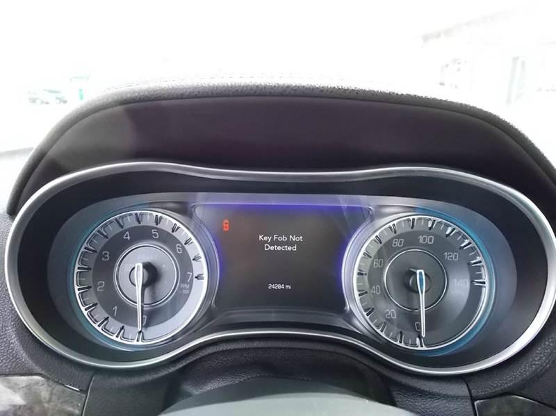 2016 Chrysler 300 C 4dr Sedan - Dresden TN