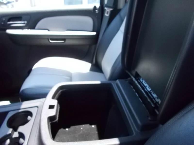 2008 Chevrolet Avalanche LT 4x4 4dr Crew Cab SB - Dresden TN
