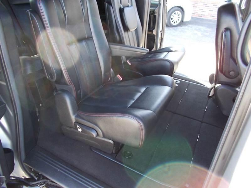 2016 Dodge Grand Caravan R/T 4dr Mini-Van - Dresden TN