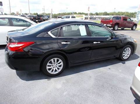 2016 Nissan Altima for sale in Dresden, TN