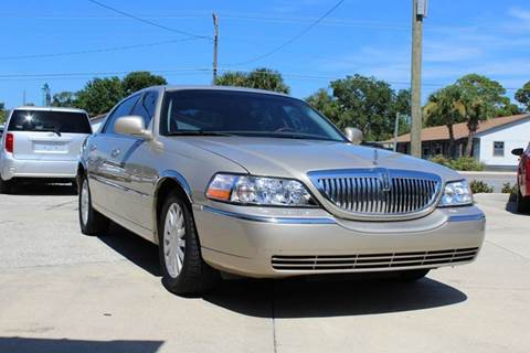 2005 Lincoln Town Car for sale in Edgewater, FL