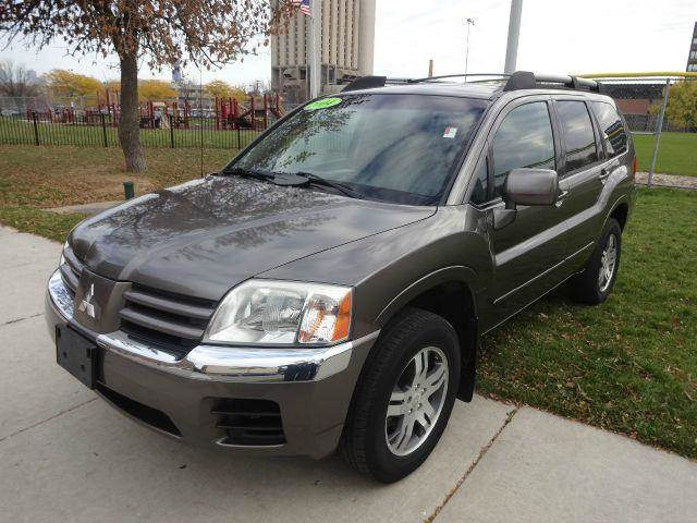 2004 mitsubishi endeavor xls awd in chicago il manny. Black Bedroom Furniture Sets. Home Design Ideas