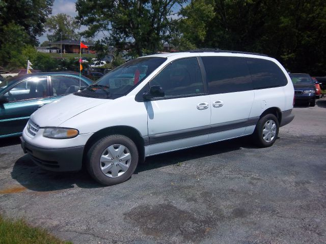 2000 Chrysler Grand Voyager