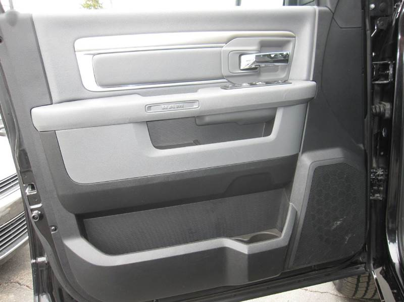 2016 RAM Ram Pickup 1500 Big Horn 4x4 4dr Quad Cab 6.3 ft. SB Pickup - Pontiac MI