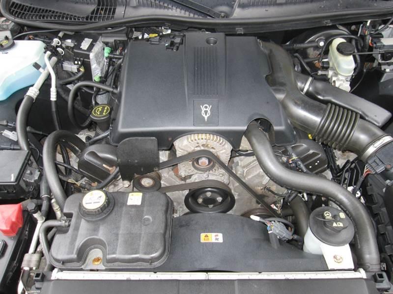 2003 Lincoln Town Car Executive 4dr Sedan - Pontiac MI