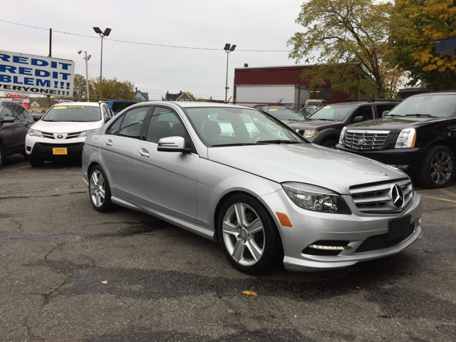 2011 mercedes benz c class awd c300 luxury 4matic 4dr for Mercedes benz c300 sport 4matic