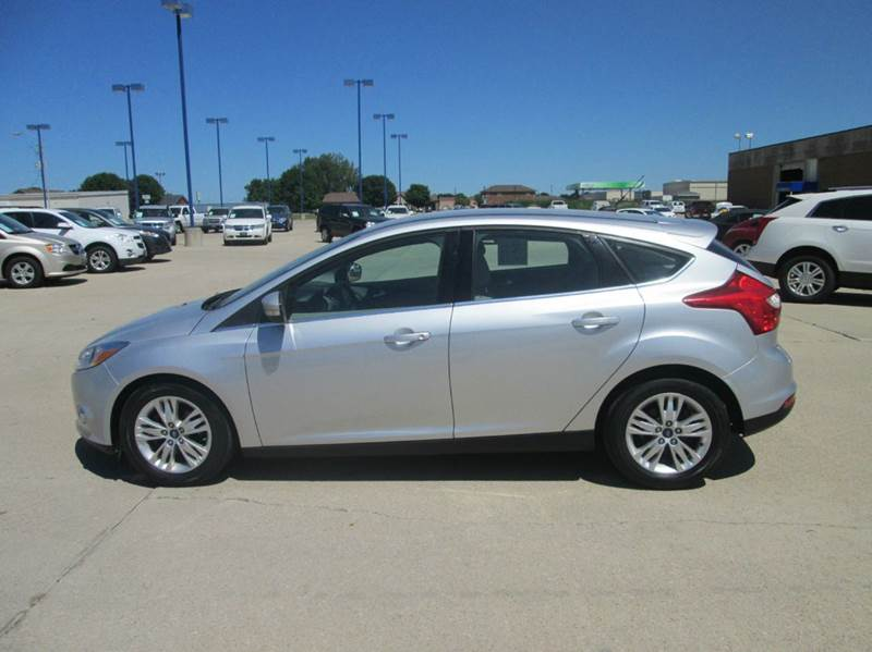 2012 ford focus sel 4dr hatchback in fort dodge ia fort dodge motors. Black Bedroom Furniture Sets. Home Design Ideas