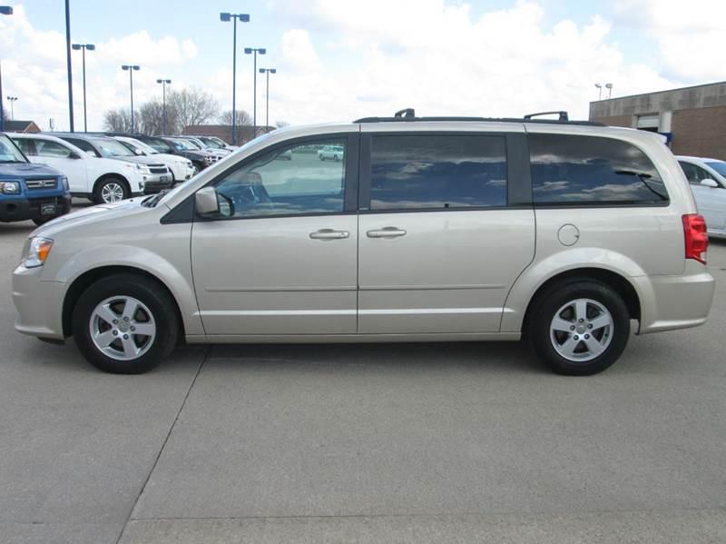 2013 Dodge Grand Caravan Sxt 4dr Mini Van In Fort Dodge Ia