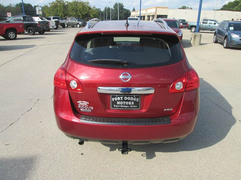 2014 Nissan Rogue Select Awd S 4dr Crossover In Fort Dodge
