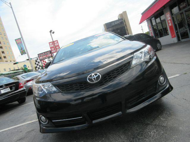 2012 TOYOTA CAMRY SE 4DR SEDAN black there are no electrical concerns associated with this vehicle