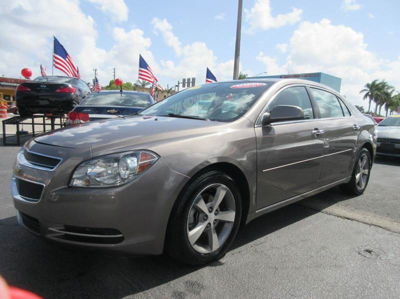 2012 CHEVROLET MALIBU LT 4DR SEDAN W1LT gray the chevy malibu may be a top pick for any driver wh