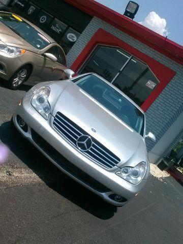 2011 MERCEDES-BENZ E-CLASS E350 SPORT 4DR SEDAN there are no electrical concerns associated with th