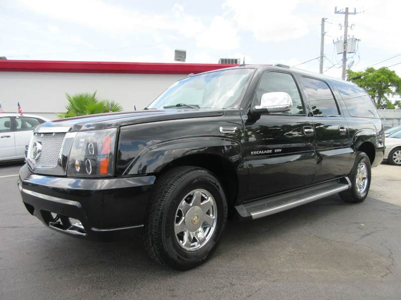 2004 CADILLAC ESCALADE ESV PLATINUM EDITION AWD 4DR SUV black executive motors is a family owned