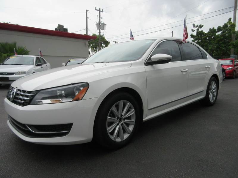 2012 VOLKSWAGEN PASSAT SEL PZEV 4DR SEDAN 6A W PREMIUM white executive motors is a family owned a