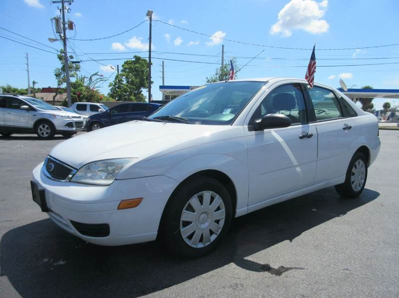 2005 FORD FOCUS ZX4 S 4DR SEDAN white executive motors is a family owned and operated dealership