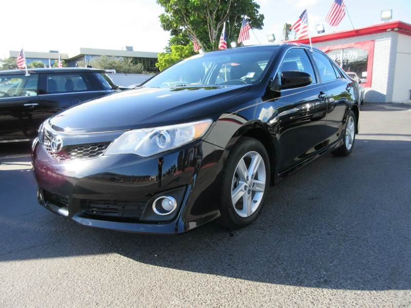 2012 TOYOTA CAMRY SE 4DR SEDAN black advertised price is amount financed with a 2500 down with 74