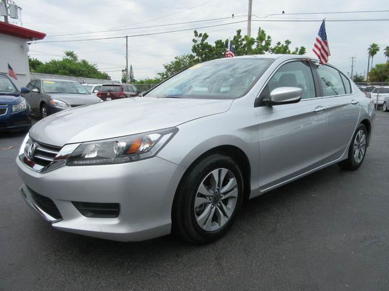 2014 HONDA ACCORD LX 4DR SEDAN CVT silver the electronic components on this vehicle are in working