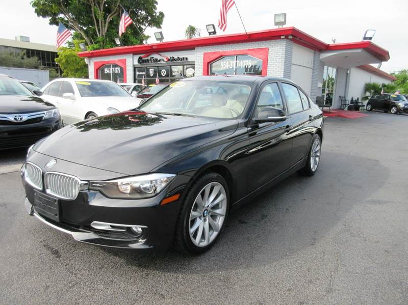 2012 BMW 3 SERIES 328I 4DR SEDAN SA black this beautiful bmw 328i is a classy and rare find this