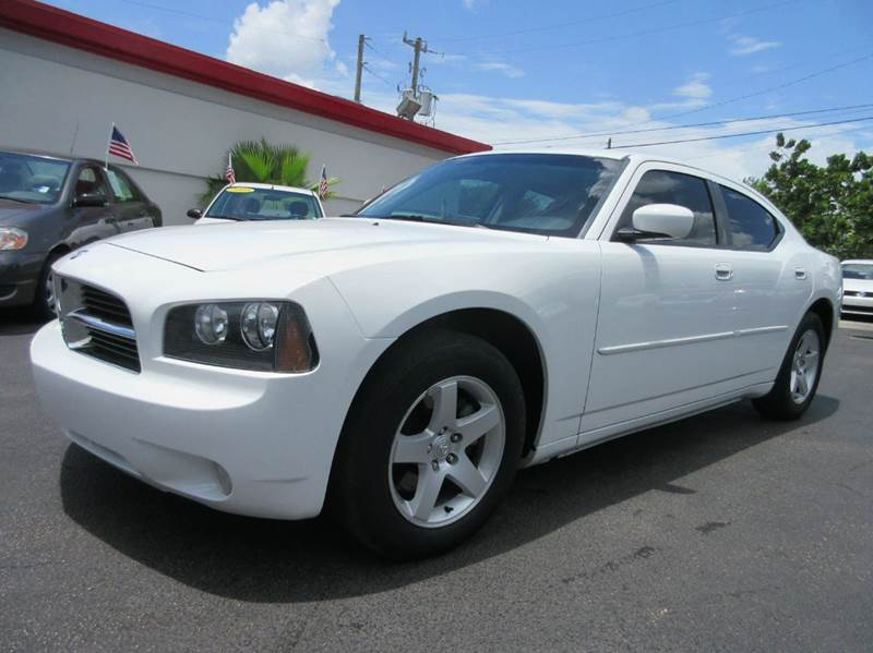 2010 DODGE CHARGER SXT 4DR SEDAN white executive motors is a family owned and operated dealership