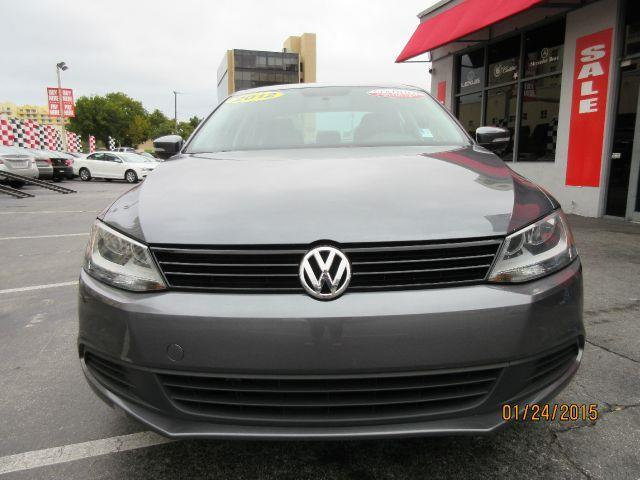 2012 VOLKSWAGEN JETTA SE 4DR SEDAN 6A all power equipment on this vehicle is in working order  th