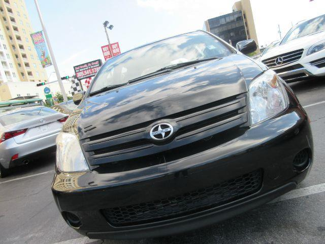 2005 SCION XA BASE 4DR HATCHBACK black there are no electrical problems with this vehicle  this