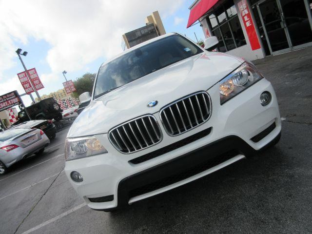 2011 BMW X3 XDRIVE28I AWD 4DR SUV all electrical and optional equipment on this vehicle have been