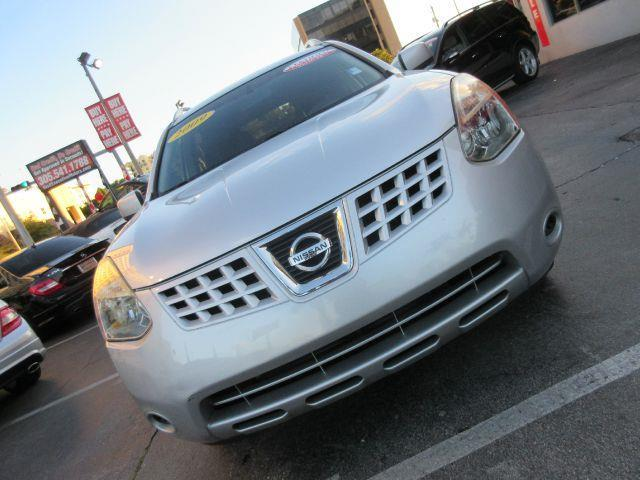 2009 NISSAN ROGUE SL CROSSOVER 4DR silver you wont find any electrical problems with this vehicle
