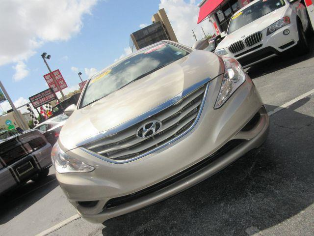 2012 HYUNDAI SONATA GLS 4DR SEDAN 6A gold there are no electrical concerns associated with this ve