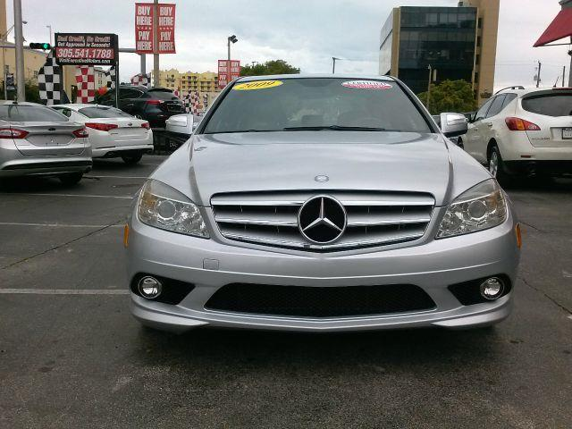 2009 MERCEDES-BENZ C-CLASS C300 LUXURY 4DR SEDAN silver you wont find any electrical problems with