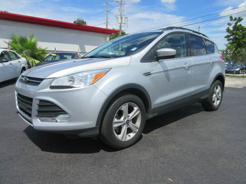 2013 FORD ESCAPE SE 4DR SUV silver executive motors is a family owned and operated dealership that