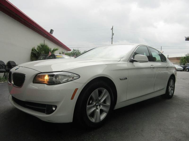 2011 BMW 5 SERIES 528I 4DR SEDAN white executive motors is a family owned and operated dealership