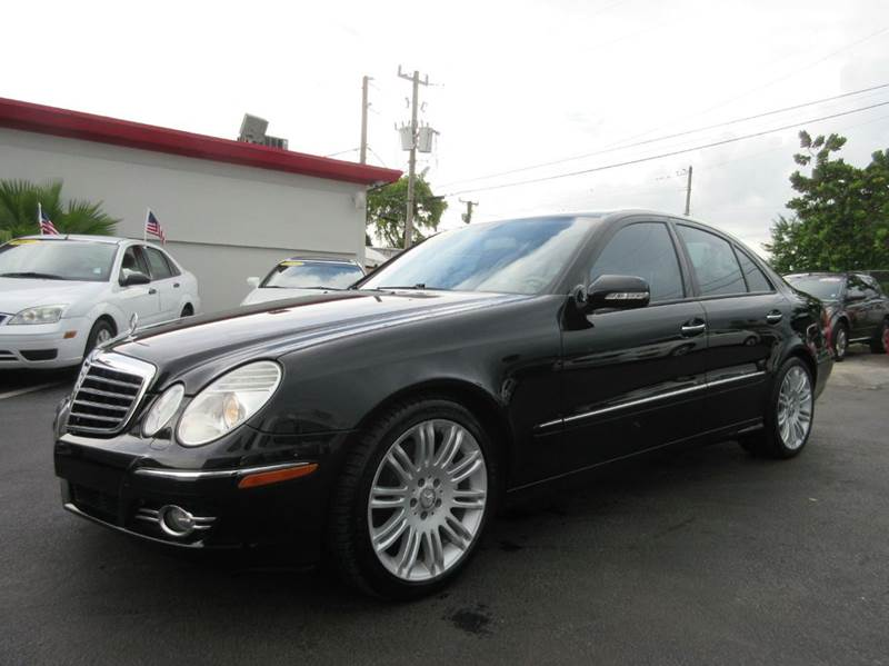 2008 MERCEDES-BENZ E-CLASS E350 4DR SEDAN black luxury and strenght all in one executive motors i