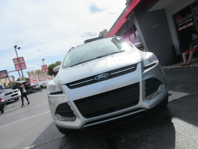 2013 FORD ESCAPE SE 4DR SUV there are no electrical concerns associated with this vehicle  vehicle