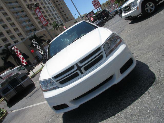 2013 DODGE AVENGER SE 4DR SEDAN white all power equipment on this vehicle is in working order  t