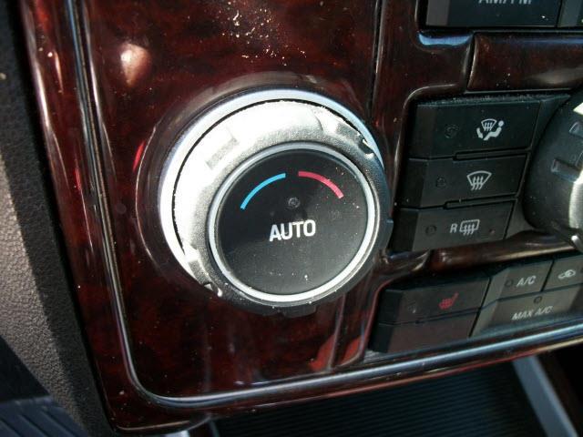 2008 Mercury Mariner AWD Premier 4dr SUV - Southbridge MA