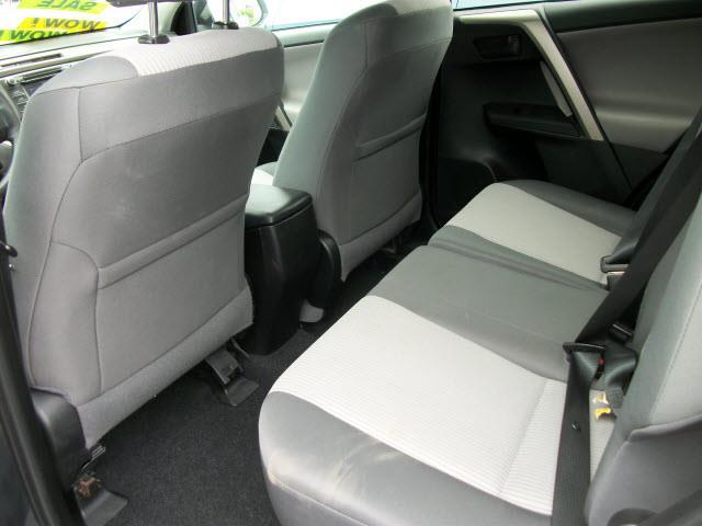 2014 Toyota RAV4 AWD LE 4dr SUV - Southbridge MA