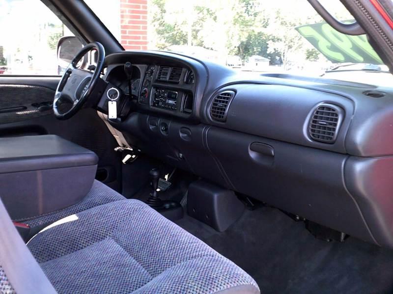 2001 Dodge Ram Pickup 1500 4dr Quad Cab SLT 4WD SB - Adel IA