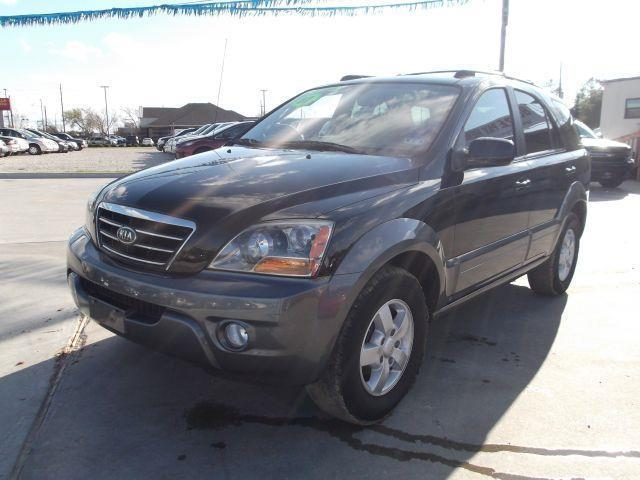 2007 KIA SORENTO EX 2WD black down payment 2000  excel motors offers an extensive inventory of qu
