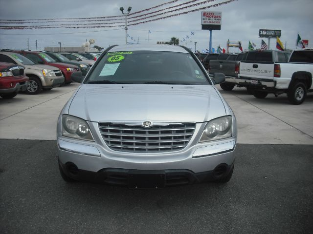 2005 CHRYSLER PACIFICA TOURING FWD silver down payment 995 excel motors offers an extensive inven